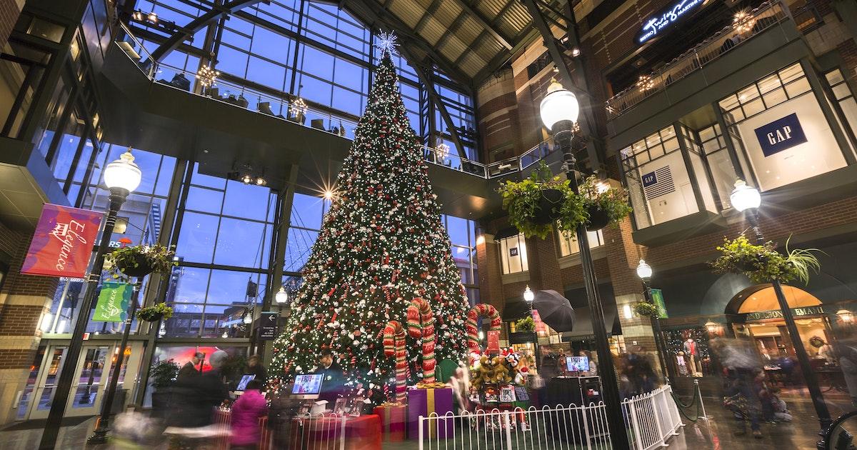 Spring Lake Christmas Inn Tour 2021 Christmas In Spokane Season Of Light Holiday Event Guide Visit Spokane